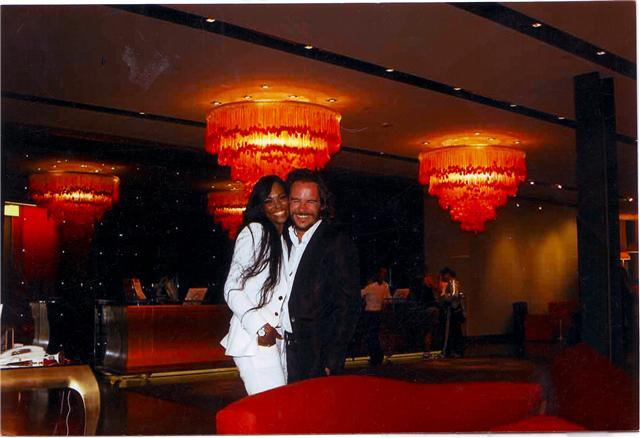Elisabeth y el padre de su hija, Emanuele Garoche